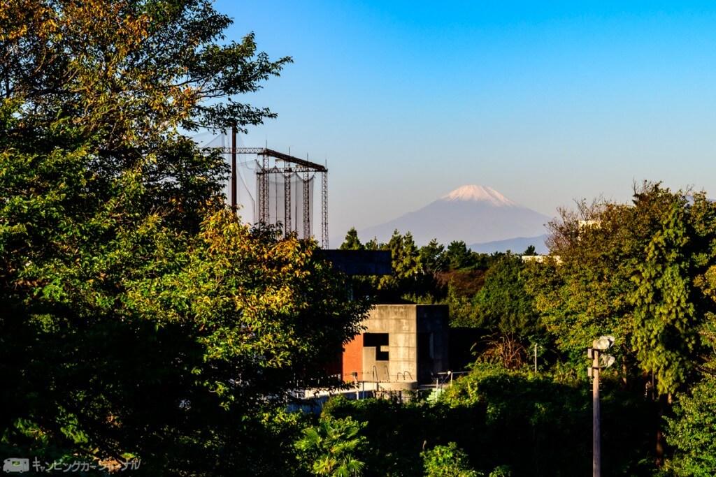 横浜サニーRVパークから見える富士
