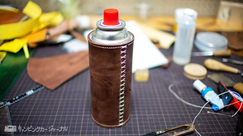 CB缶レザーカバー縫いあがり