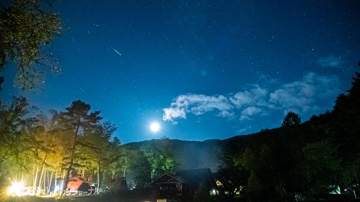 銀河もみじキャンプ場の星空を撮影で流れ星もとれました