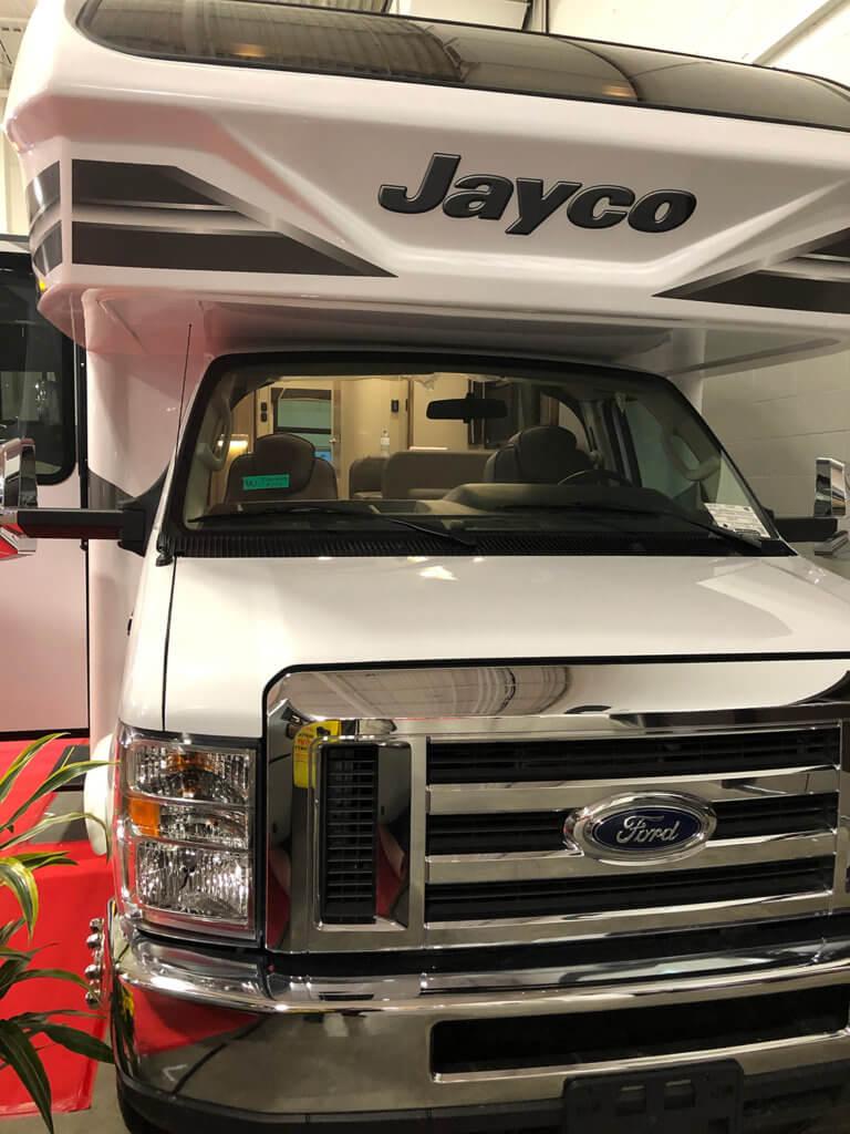 Jayco Greyhawk Prestige 29MVP exterior
